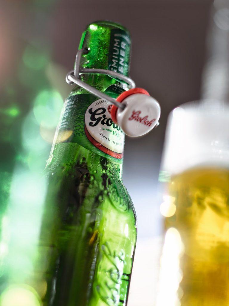 Grolsch ist ein bekanntes niederländisches Bier.