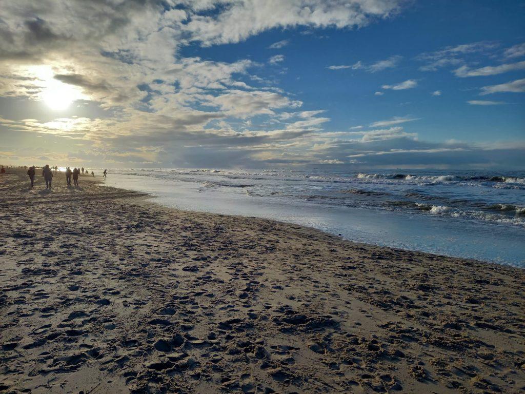 Der Strand Parnassia in der Nähe von Bloemendaal aan Zee